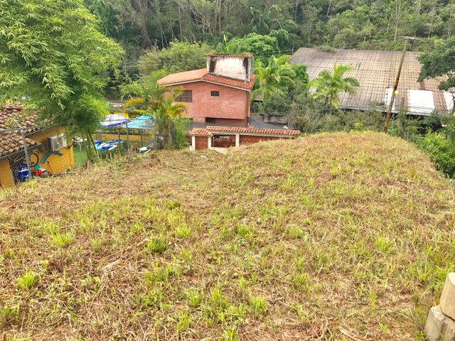 Terreno Distrito Metropolitano>Caracas>El Hatillo - Venta:20.000 US Dollar - codigo: 17-10179
