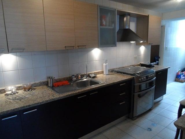 Apartamento Distrito Metropolitano>Caracas>El Cigarral - Venta:21.431.000.000 Bolivares Fuertes - codigo: 17-10241