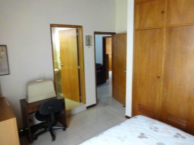Casa Miranda>Carrizal>Colinas de Carrizal - Alquiler:46.000.000 Bolivares - codigo: 17-10244