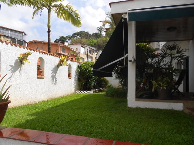 Casa Distrito Metropolitano>Caracas>La Trinidad - Venta:36.958.000 Precio Referencial - codigo: 17-10531