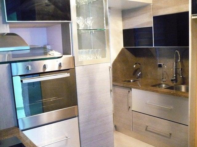 Apartamento Distrito Metropolitano>Caracas>Miravila - Venta:32.000 US Dollar - codigo: 17-10594