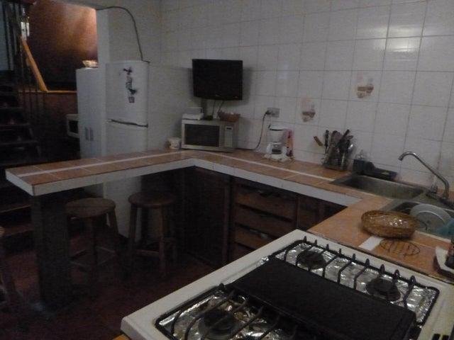 Casa Miranda>Guatire>El Ingenio - Venta:25.000 US Dollar - codigo: 17-10463