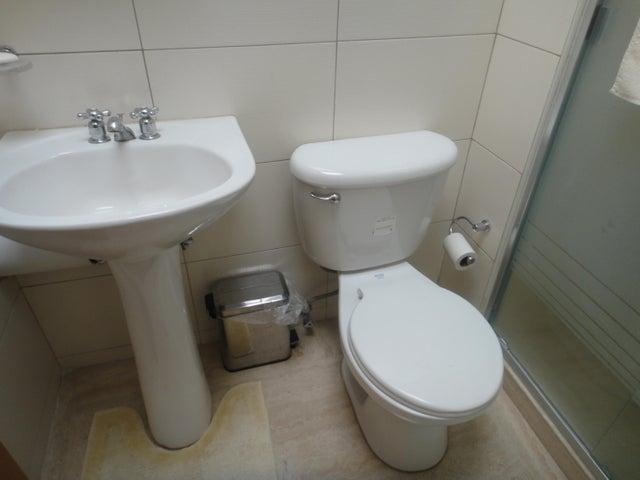 Apartamento Distrito Metropolitano>Caracas>San Marino - Venta:295.726.000 Precio Referencial - codigo: 17-10457