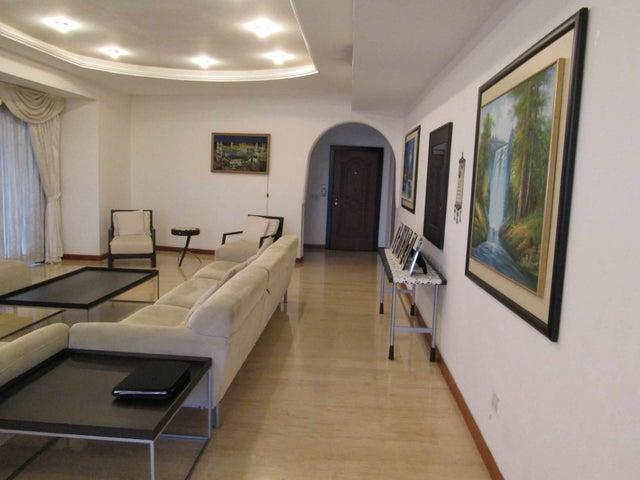 Apartamento Distrito Metropolitano>Caracas>La Castellana - Venta:1.200.000 Precio Referencial - codigo: 17-10725