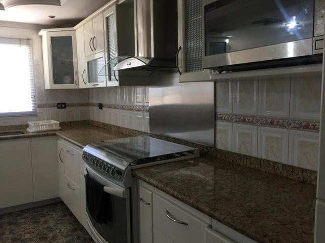 Apartamento Zulia>Ciudad Ojeda>Avenida Bolivar - Venta:80.000 Precio Referencial - codigo: 17-10645