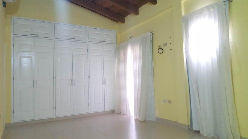 Casa Falcon>Coro>Prolongación Manaure - Venta:6.790.000.000 Bolivares Fuertes - codigo: 17-10681