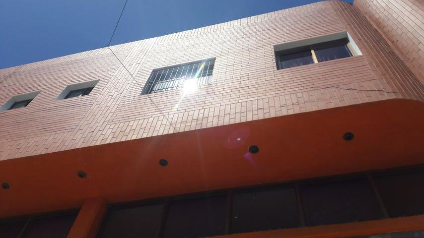 Edificio Falcon>Punto Fijo>Centro - Venta:307.772.000.000 Precio Referencial - codigo: 16-903