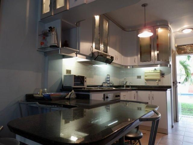 Apartamento Miranda>Higuerote>La Costanera - Venta:19.500 US Dollar - codigo: 17-10896