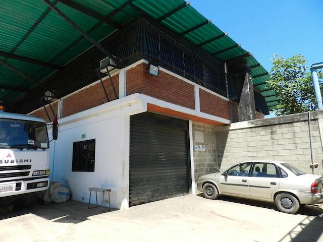 Galpon - Deposito Miranda>Guatire>Guatire - Venta:550.000 Precio Referencial - codigo: 17-10960