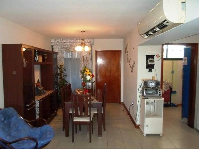 Apartamento Nueva Esparta>Margarita>Los Robles - Venta:5.525.000.000 Bolivares Fuertes - codigo: 17-11042