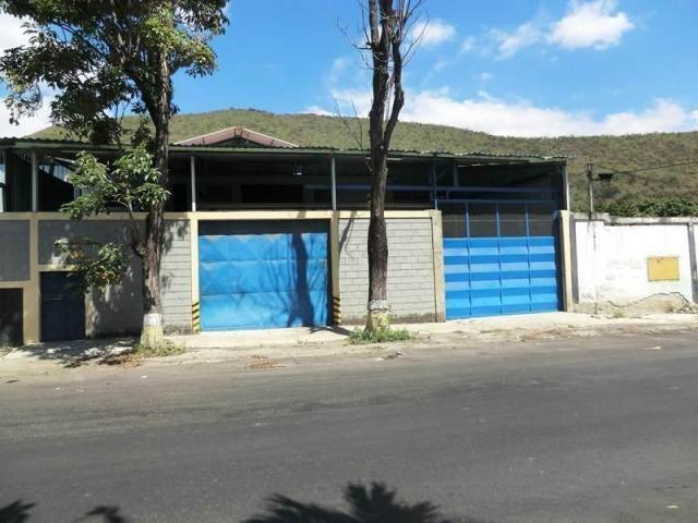 Galpon - Deposito Miranda>Guarenas>Guarenas - Alquiler:1.000 US Dollar - codigo: 17-11098
