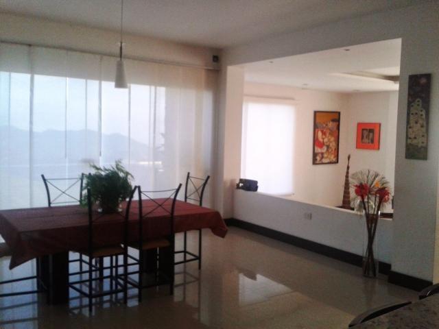 Casa Distrito Metropolitano>Caracas>Los Guayabitos - Alquiler:566.000.000 Bolivares - codigo: 17-10258