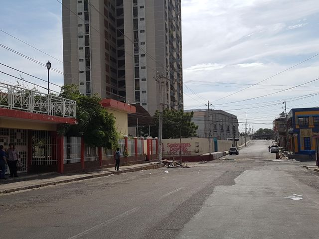 Galpon - Deposito Zulia>Maracaibo>Centro - Alquiler:18.000.000 Bolivares Fuertes - codigo: 17-11333