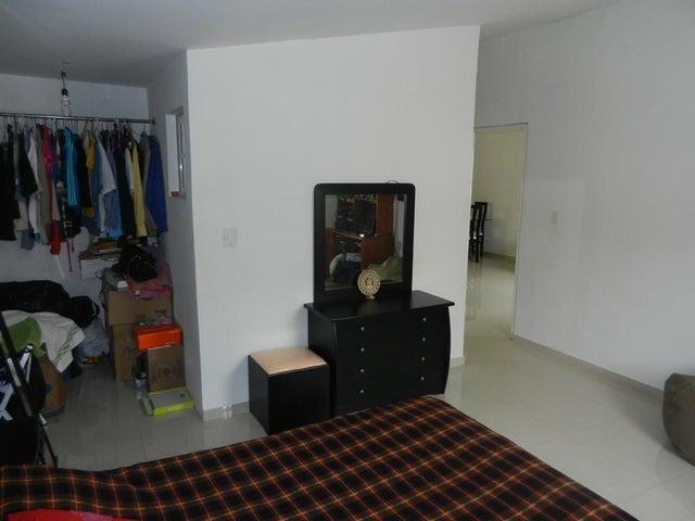 Casa Miranda>Guatire>Canaima Dos - Venta:30.000 US Dollar - codigo: 17-11384