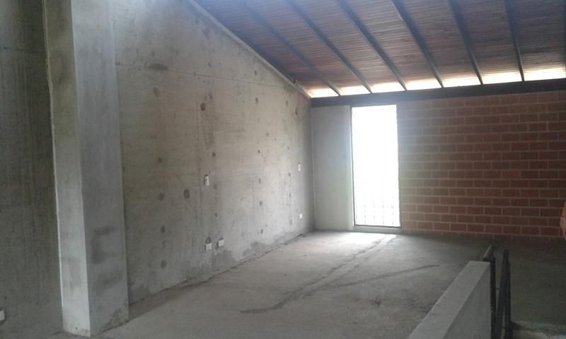 Townhouse Miranda>Guarenas>Nueva Casarapa - Venta:20.000 Precio Referencial - codigo: 17-11504