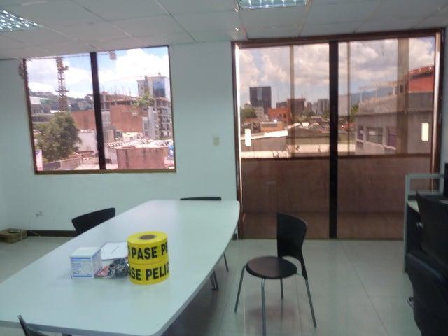 Oficina Distrito Metropolitano>Caracas>Las Mercedes - Venta:456.593.000.000 Precio Referencial - codigo: 15-12156