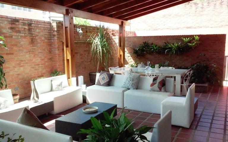 Casa Distrito Metropolitano>Caracas>Sorocaima - Venta:1.108.922.000.000 Precio Referencial - codigo: 17-11883