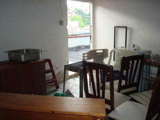 Local Comercial Distrito Metropolitano>Caracas>Guaicay - Alquiler:25 US Dollar - codigo: 17-11748