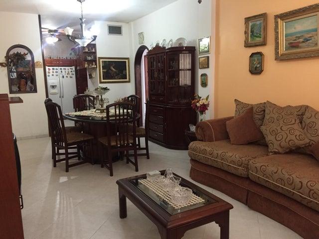 Apartamento Zulia>Ciudad Ojeda>Calle Piar - Alquiler:684.000.000 Precio Referencial - codigo: 17-11854