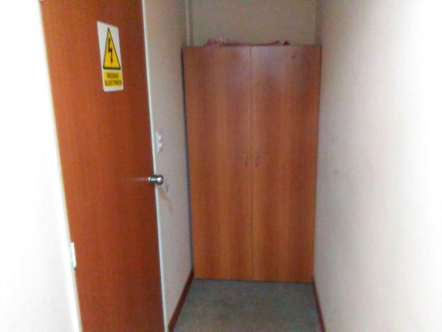 Oficina Carabobo>Valencia>La Viña - Venta:930.304.000.000 Precio Referencial - codigo: 17-11895