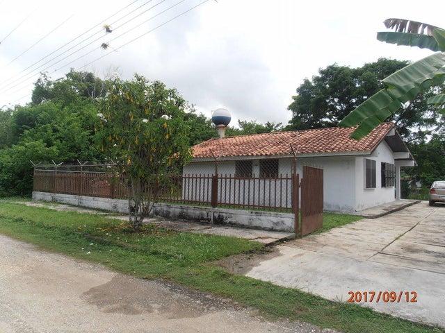 Casa Miranda>Rio Chico>Flor de Mayo - Venta:1.689.000 Precio Referencial - codigo: 17-12009