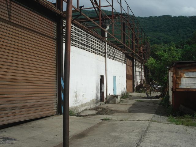 Galpon - Deposito Miranda>Guarenas>Mampote - Alquiler:100 US Dollar - codigo: 17-12133