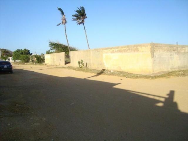 Terreno Falcon>Punto Fijo>Villa Marina - Venta:2.489.000.000 Bolivares - codigo: 17-12141