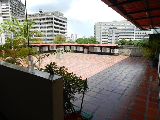 Edificio Distrito Metropolitano>Caracas>Sarria - Venta:3.200.000 Precio Referencial - codigo: 17-12233