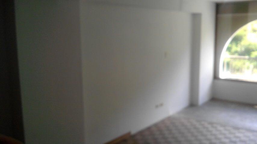 Apartamento Distrito Metropolitano>Caracas>Montalban III - Venta:33.000 Precio Referencial - codigo: 17-12602