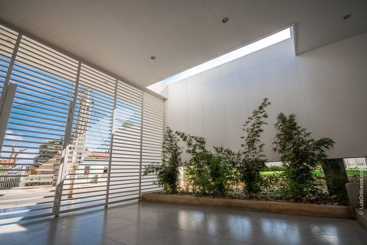 Apartamento Zulia>Maracaibo>La Lago - Venta:171.217.000.000 Precio Referencial - codigo: 17-12526