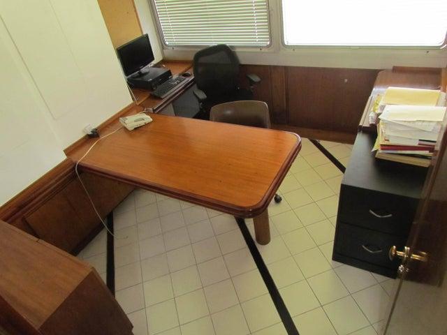 Oficina Distrito Metropolitano>Caracas>Chuao - Alquiler:609.000.000 Precio Referencial - codigo: 17-12532