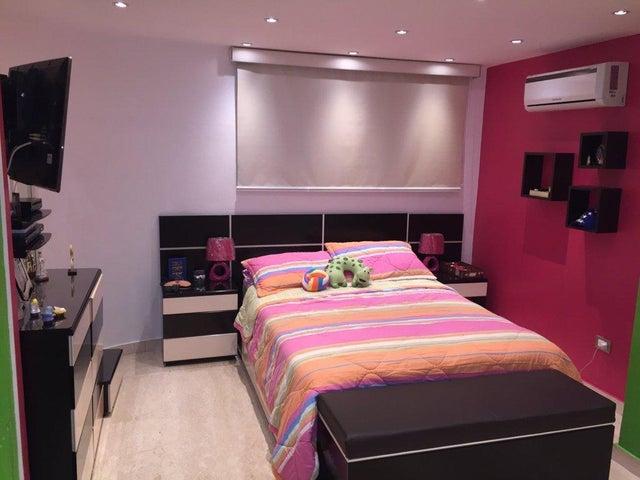 Apartamento Distrito Metropolitano>Caracas>Los Chorros - Venta:250.000 Precio Referencial - codigo: 17-12644