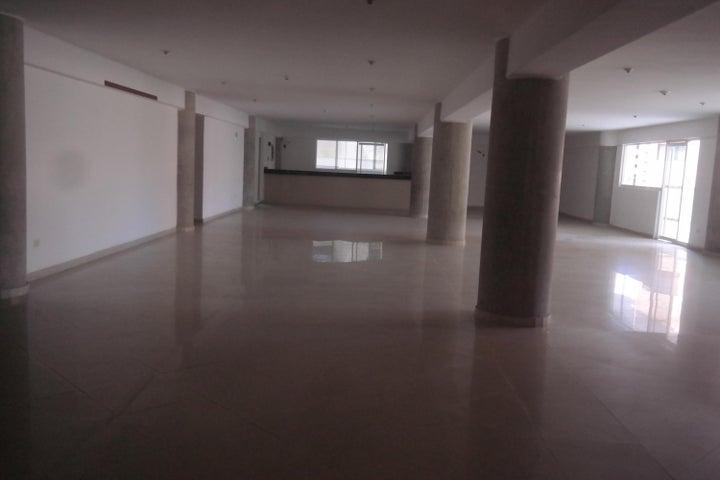 Apartamento Vargas>Catia La Mar>Playa Grande - Venta:56.286.000 Precio Referencial - codigo: 17-12742