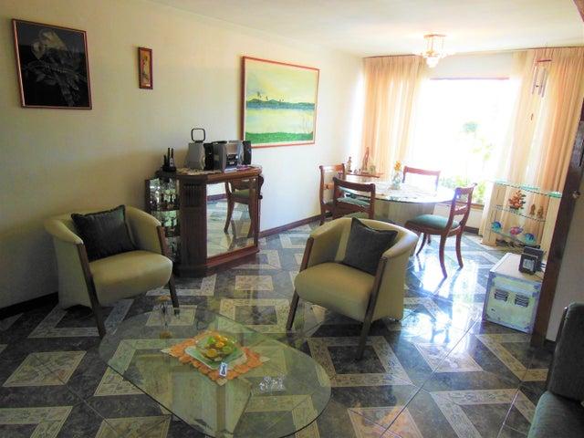 Apartamento Distrito Metropolitano>Caracas>El Paraiso - Venta:50.000 Precio Referencial - codigo: 17-12783