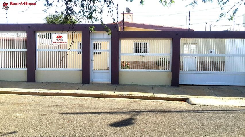 Casa Falcon>Punto Fijo>Los Caciques - Venta:38.506.000.000 Precio Referencial - codigo: 16-15559