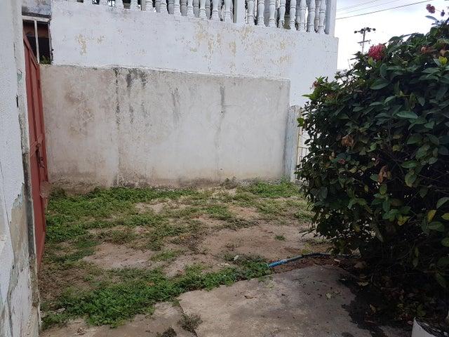 Terreno Zulia>Cabimas>Carretera H - Venta:7.500 Precio Referencial - codigo: 17-12794