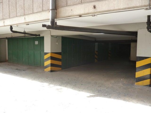 Apartamento Distrito Metropolitano>Caracas>Colinas de Bello Monte - Venta:12.925.000.000 Bolivares Fuertes - codigo: 17-12870