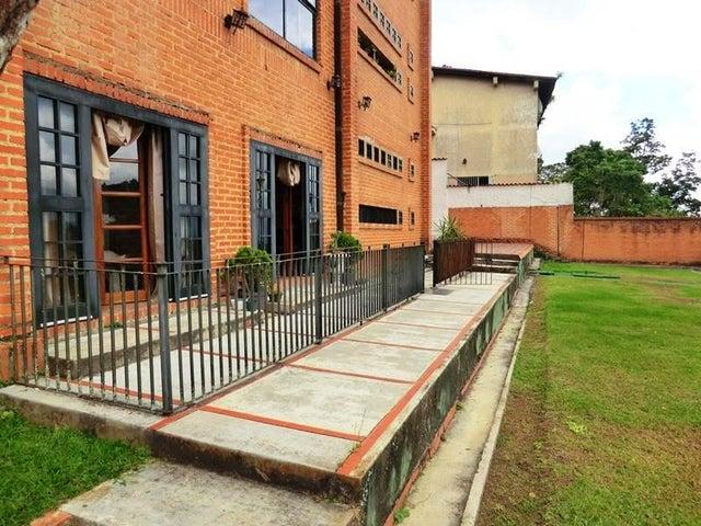 Apartamento Distrito Metropolitano>Caracas>Alto Hatillo - Venta:190.000 Precio Referencial - codigo: 17-15594