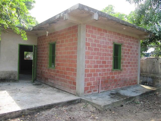Casa Miranda>Cupira>Playa Pintada - Venta:2.500 Precio Referencial - codigo: 17-13910