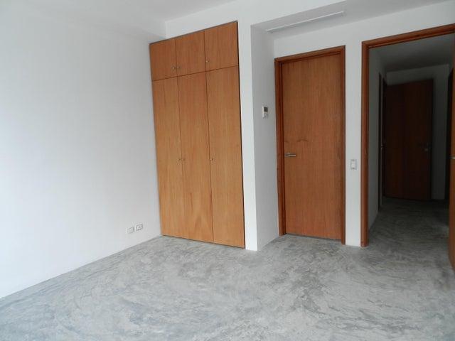Apartamento Distrito Metropolitano>Caracas>Altamira - Venta:137.644.000.000 Bolivares Fuertes - codigo: 16-6298