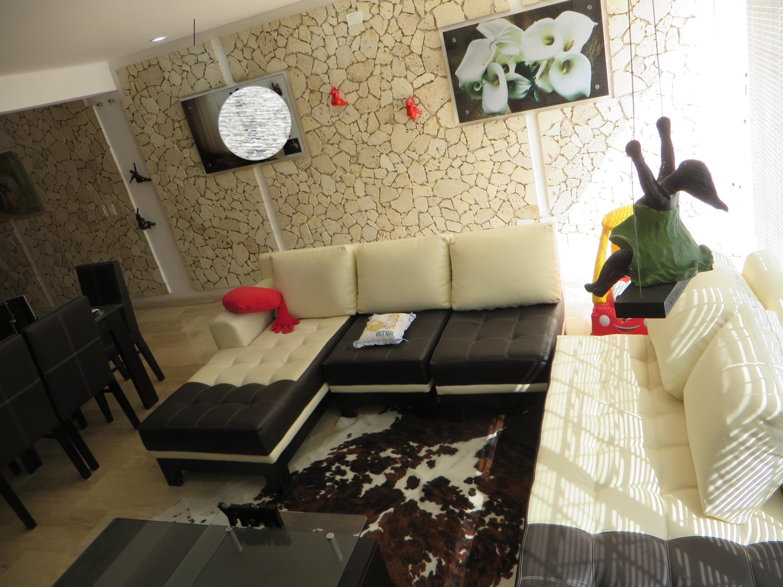 Townhouse Distrito Metropolitano>Caracas>Villa Nueva Hatillo - Venta:120.000 US Dollar - codigo: 17-13231