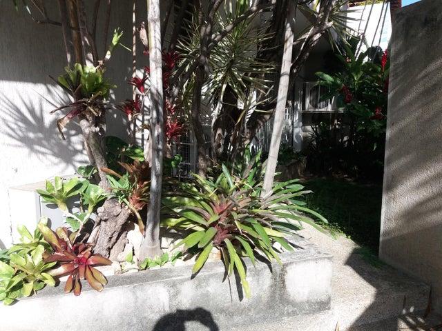 Casa Distrito Metropolitano>Caracas>La California Norte - Venta:99.900 US Dollar - codigo: 17-13350