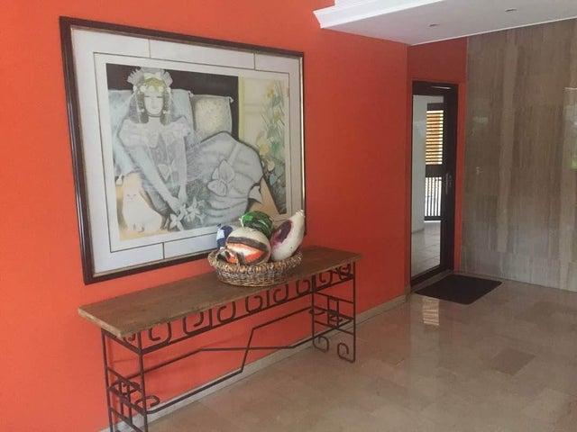 Apartamento Zulia>Maracaibo>La Lago - Venta:7.050.000.000 Bolivares Fuertes - codigo: 17-13240