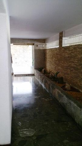 Apartamento Distrito Metropolitano>Caracas>Los Campitos - Venta:29.326.000.000 Bolivares Fuertes - codigo: 17-13248