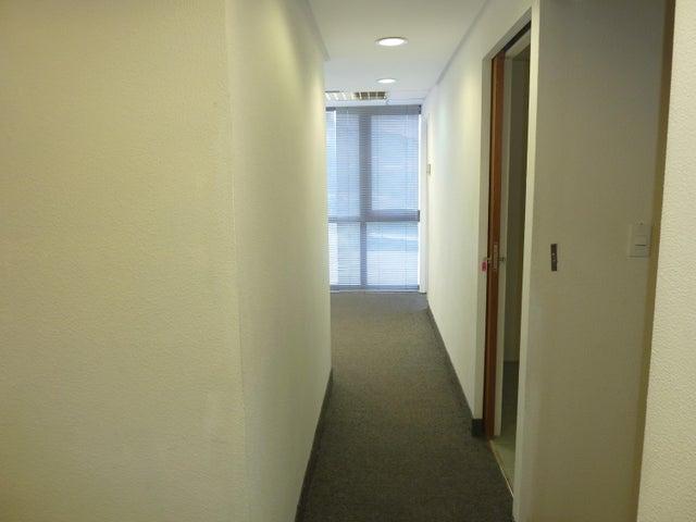 Oficina Distrito Metropolitano>Caracas>Chuao - Venta:834.010.000.000 Precio Referencial - codigo: 17-13247