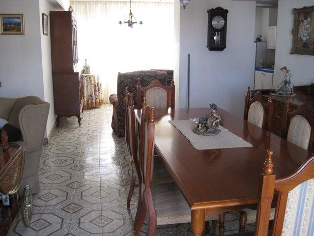 Apartamento Distrito Metropolitano>Caracas>Los Ruices - Venta:9.000.000.000 Bolivares Fuertes - codigo: 17-13284