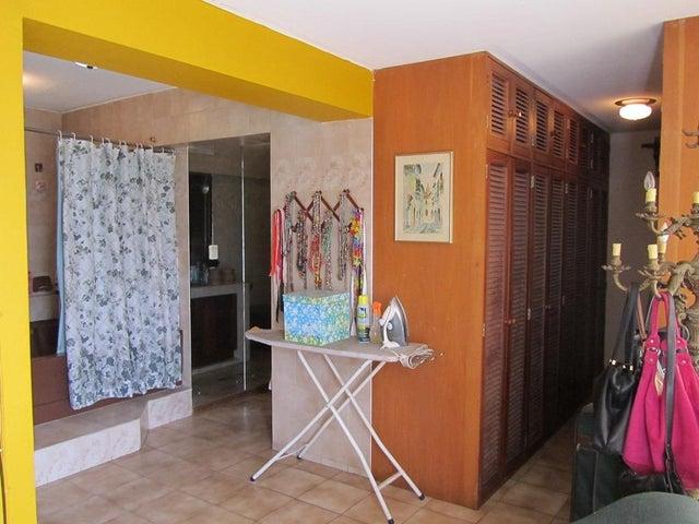 Apartamento Distrito Metropolitano>Caracas>La Alameda - Venta:94.001.000.000 Bolivares Fuertes - codigo: 17-13287