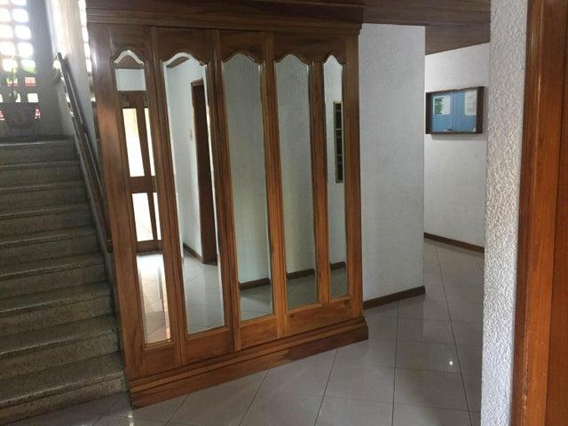Apartamento Zulia>Maracaibo>Paraiso - Venta:1.680.000.000 Bolivares Fuertes - codigo: 17-13339