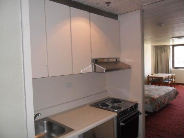 Apartamento Distrito Metropolitano>Caracas>Chuao - Venta:160.000 US Dollar - codigo: 17-13378