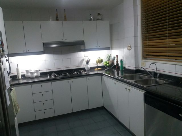 Casa Distrito Metropolitano>Caracas>La California Norte - Venta:361.621.000.000 Precio Referencial - codigo: 17-13350